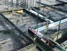 PVC结构拉缝现场安装图
